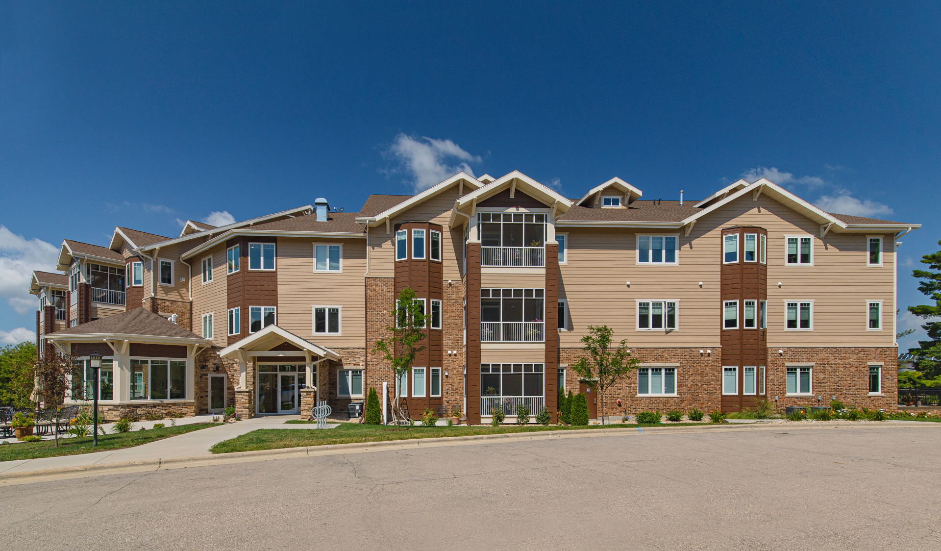Glen Wood Heights Condominium Homes